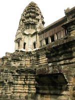 20081019094401_angkor_tower