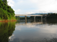20081004170711_laos_friendship_bridge