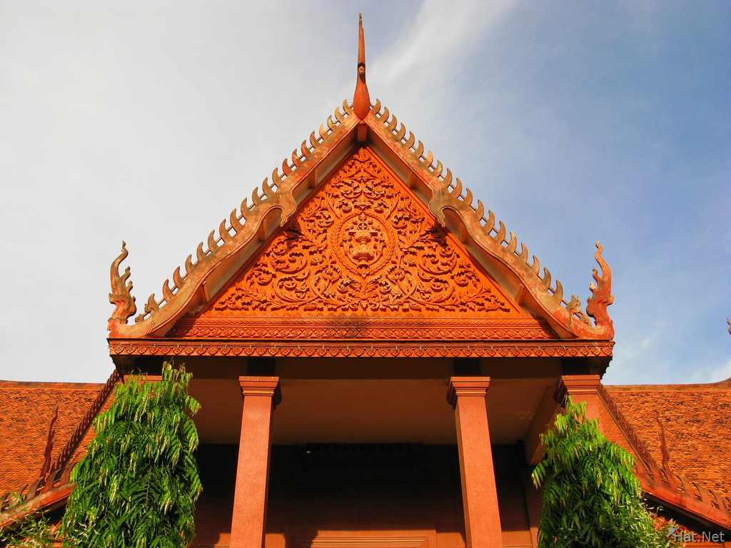 roof of phnom penh national museum