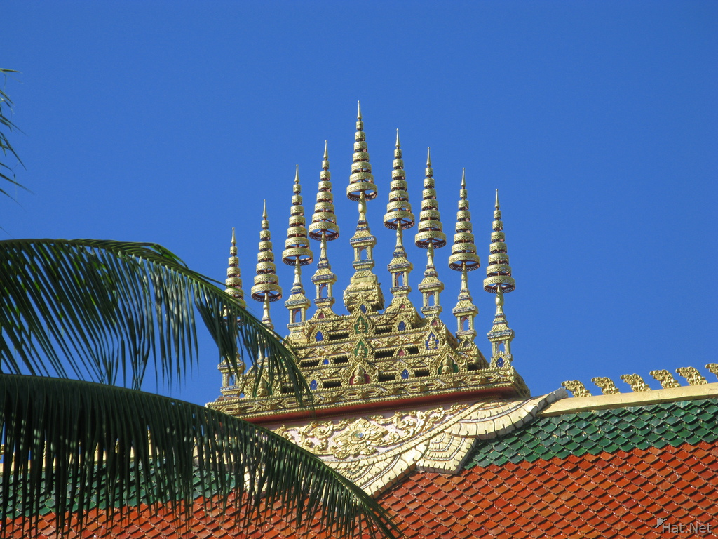 typical laos temple roof