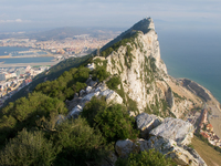 20101107100335_view--gibraltar_rock