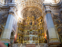 20101115172458_view--centerpiece_of_monastery_st_jeronimos