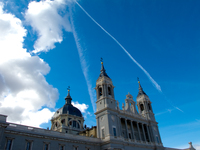 20101118112916_view--cathedral_of_madrid